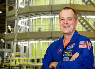 Nasa-astronauten Ricky Arnold på Michoud Assembly Facility, New Orleans.
