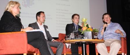 Åsa Lindholm Dahlstrand, till vänster, ifrågasätter bilden av att Sverige skulle vara dåligt på att kommersialisera universitetsforskning. Foto: Peter Alestig Blomqvist.