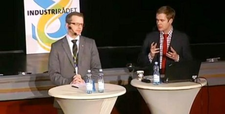 Mikael Damberg (S) och Gustav Fridolin (MP) efterlyste bland annat mer långsiktighet i forskningspolitiken för att Sverige ska stå sig som en industrination i världsklass.