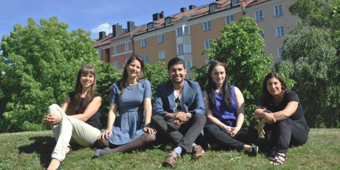 Laura Dzemedzionaite, Angela Kristiansson, Carlos Savil, Liz Bernat och Samara H. Johannson har grundat nätverket Sveriges Internationella Talanger.