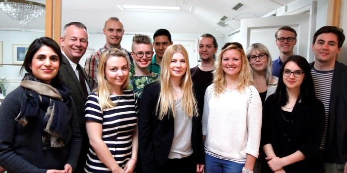 Teknologen Håkan Lundstedt, femma från vänster i bakre raden, har fått en plats i Saco studentråds ledarskapsutbildning. Foto: Saco