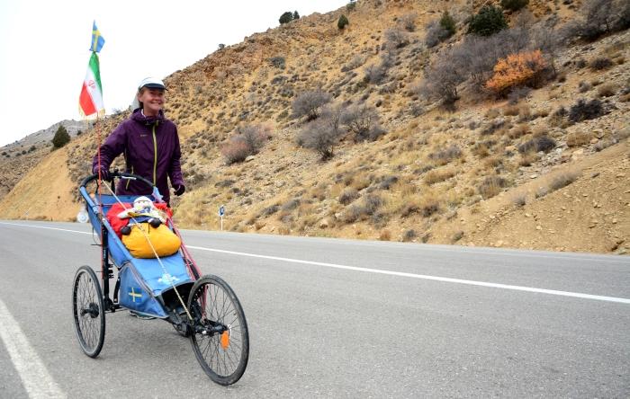 Ingenjören Kristina Paltén har sprungit 1 840 kilometer genom Iran. Foto: Soroush Morshedian