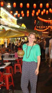 Anna Arvidsson läser en MBA i Kuala Lumpur.