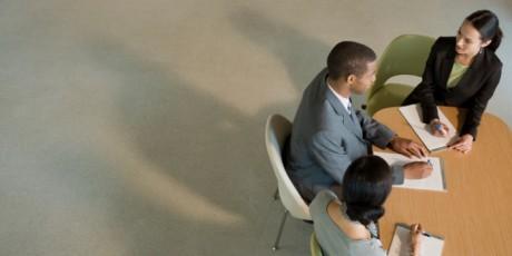 För cheferna var det viktigaste i utformningen av en kontorsmiljö att anställda ofta ska kunna interagera med varandra. För anställda var det att kunna fokusera och arbeta utan avbrott. Foto: Siri Stafford/Thinkstock